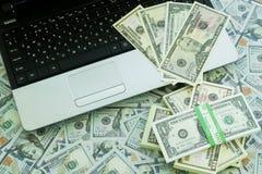 U S Dollari Lotti delle banconote Immagini Stock Libere da Diritti