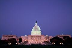 U.S. Edificio del capitolio en la noche Imagen de archivo libre de regalías