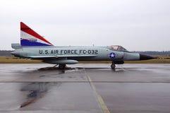U S Flygvapenstrålkämpe FC - dolk för delta 032 F-102 Royaltyfria Bilder