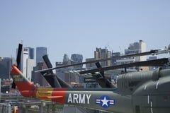 U.S. Helicópteros do exército a bordo de USS intrépido, NYC Imagens de Stock