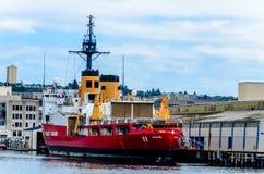 U S Küstenwache-Militärboot in Seattle, Washington stockfotografie