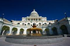 U.S. Kapitol auf einem sonnigen Frühling Stockfotos