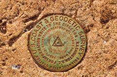 U S kusten och den geodetiska granskningen hänvisar till markören - Hawaii Arkivfoto