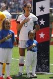 U S Kvinnors nationell kapten Alex Morgan #13 f?r fotbolllag under nationals?ngen f?r v?nlig lek mot Mexico arkivfoto