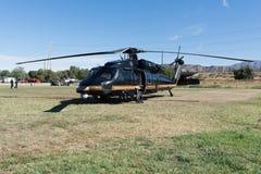 U S Las aduanas y la frontera Protetion Sikorsky UH-60A ennegrecen los hel del halcón Fotografía de archivo