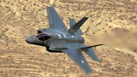 U S Luchtmacht F-35 Joint Strike Fighter (Bliksem II) het straal vliegen stock afbeelding