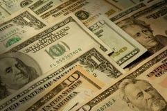 U.S. notas de banco de várias denominações do dólar Imagem de Stock