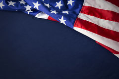 U.S.A. o bandiera americana isolata su fondo blu Immagine Stock Libera da Diritti