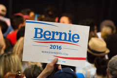 U S Obiecujący Prezydenci Bernie Sanders wiec obrazy stock