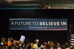 U S Presidents- lovande person Bernie Sanders Rally Arkivfoton