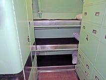 U S S 短路线圈测试仪:乘员组的床铺 图库摄影
