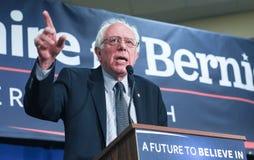 U S Senatora Bernie Sanders Vermont prowadzą kampanię w Bedford, NH, Styczeń 22, 2016 Obraz Stock