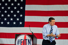 U S Senatorn Ted Cruz, republikan av Texas, talar i Nashua, New Hampshire, USA, på April 18, 2015 Arkivbild