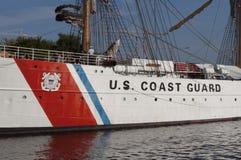 U S ship högväxt u för kustörnguard s Royaltyfri Bild