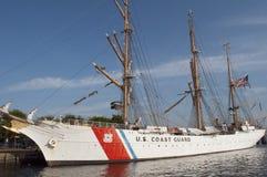 U S ship högväxt u för kustörnguard s Royaltyfria Foton