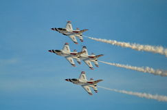 U S Thunderbirds dell'aeronautica Immagini Stock