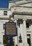 U.S. Tidig amerikansk domstolsbyggnad för historisk plats Royaltyfria Bilder
