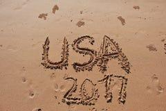 u. x22; USA 2017& x22; geschrieben in den Sand auf den Strand Stockbilder