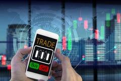 Używa smartphone handel Zdjęcie Stock