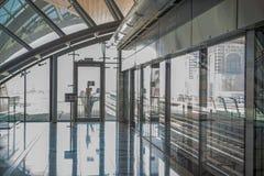 UAE/DUBAI - 9/12/2012 - Dubai tunnelbanastation Arkivfoto