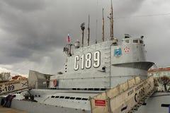 Ubåt som C-189 svävar museet i St Petersburg Arkivfoto