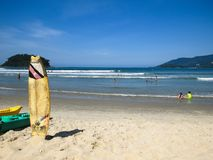Ubatuba, Sao Paulo, Brazil, April 27, 2019, Sape beach, general view of the beach with tourists and surfboard. Ubatuba, Sao Paulo, Brazil, April 27, 2019, Sape stock photos