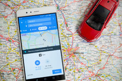 Uber som delar ekonomiservice i Wroclaw Fotografering för Bildbyråer