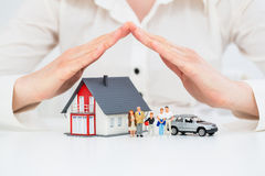Ubezpieczenie domu ochrony Żywy Samochodowy pojęcie Fotografia Stock