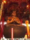 Ubicazione cinese di Buddha del tempio buddista di Mahayana su Lotus Fotografia Stock Libera da Diritti