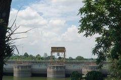 Ubonrat fördämning, Khonkaen, Thailand arkivbild