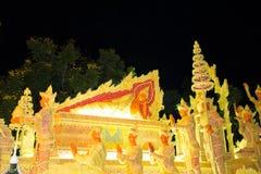 Ubonratchathani, Thaïlande - 12 juillet : Festival de bougie de la Thaïlande dessus Image libre de droits
