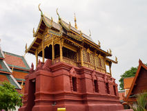 Ubosot Wat Phra Haripunchai 库存图片