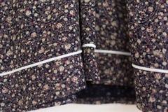Ubraniowy tkanina szczegółu oblamowanie koszula obrazy royalty free