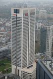 UBS st?r h?gt europeiska h?gkvarter i Frankfurt royaltyfri bild