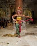 UBUD,巴厘岛,印度尼西亚- 2017年5月11日:巴厘语舞蹈家执行Ramayana 免版税库存照片