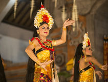 UBUD, ΜΠΑΛΊ, ΙΝΔΟΝΗΣΊΑΣ - 07 Απριλίου: Παραδοσιακός από το Μπαλί χορός Στοκ φωτογραφία με δικαίωμα ελεύθερης χρήσης