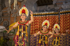 UBUD, ΜΠΑΛΊ, ΙΝΔΟΝΗΣΊΑΣ - 07 Απριλίου: Παραδοσιακός από το Μπαλί χορός Στοκ εικόνα με δικαίωμα ελεύθερης χρήσης