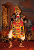 UBUD BALI, INDONESIEN - Augusti, 07: Legong traditionell Balinese Royaltyfri Fotografi