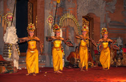UBUD, BALI INDONEZJA, Sierpień, -, 07: Legong tradycyjny balijczyk Obrazy Royalty Free