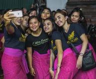 UBUD, BALI - 8. MÄRZ: Nicht identifizierte Leute während der Feier Stockfotografie