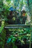 UBUD, INDONESIEN - 29. AUGUST 2008: Stilisierte erotische Statuen von MO Lizenzfreie Stockfotografie
