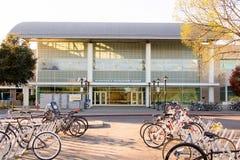 UC Davis aktywność i Rekreacyjny centrum (łuk) zdjęcia royalty free