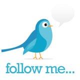 Uccello blu del Twitter con la bolla di osservazioni Fotografie Stock