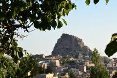 Uchisar slott i Cappadocia Turkiet arkivfoto