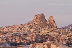 Uchisarkasteel in Cappadocia bij zonsopgang royalty-vrije stock foto's