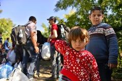 Uchodźcy w Babsko (serb - Croatina granica) Zdjęcia Royalty Free