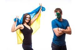 Ucrânia contra a Irlanda norte no fundo branco Fan de futebol das equipas nacionais Fotografia de Stock Royalty Free