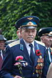 UCRÂNIA, KIEV, o 9 de maio de 2016, Victory Day, o 9 de maio Monumento a um soldado desconhecido: Os veteranos da segunda guerra  Fotos de Stock