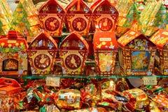 Ucrânia, Lviv - dezembro, 15, 2016: Confeitos da loja da empresa Fotos de Stock