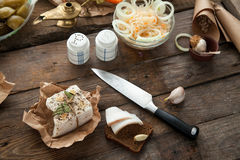 Ucrainan为午餐准备的猪肉猪油 免版税库存图片